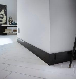 Plinthe médium (MDF) droite revêtu mélaminé noir brillant, 10 x 70 mm, L.2.2 m