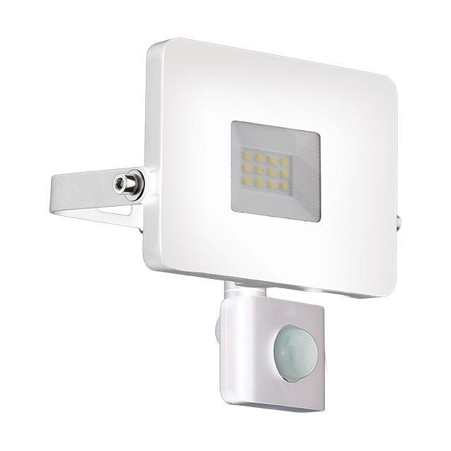 Projecteur A Fixer A Detection Exterieure Led Integree 1900 Lm Blanc Eglo Leroy Merlin