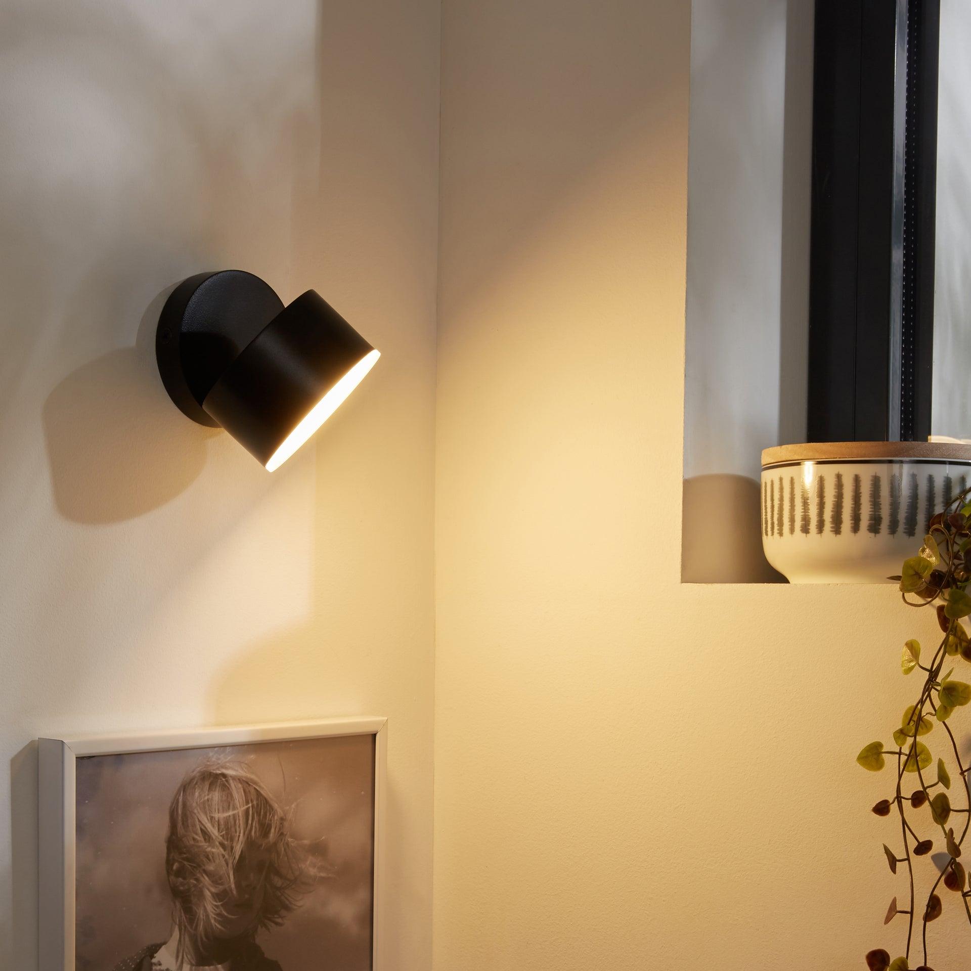 Applique acrylique noir led intégré INSPIRE Dopan